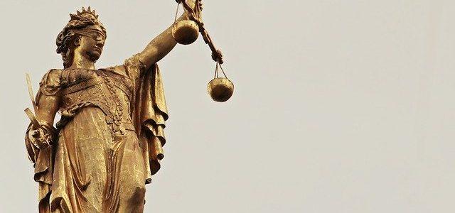 Diferencia entre doctrina y jurisprudencia – fuentes del derecho.
